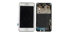 Samsung I9100 bílý - výměna předního krytu, LCD displeje a dotykového sklíčka